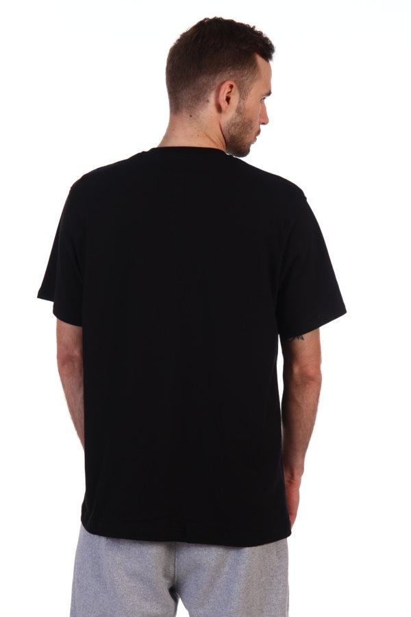 Футболка черная мужская вид со спины